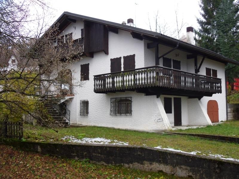 Nevegal porzione di casa con ampio esterno