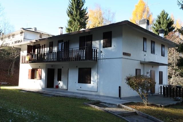 Appartamento completamente ammobiliato con 2 camere da letto